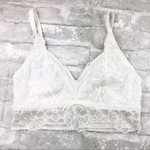 VICTORIA'S SECRET PINK Lace Bralette White Medium